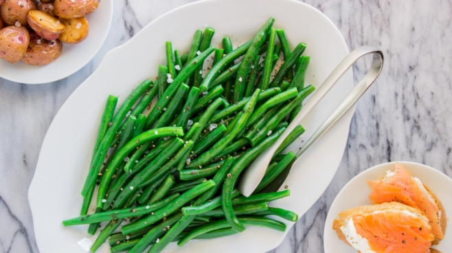 Tender green bean salad with potato and fish