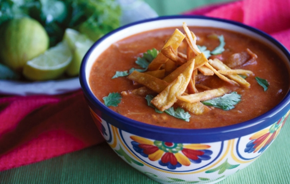 Chicken tortilla soup with chiles.