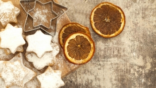 Butter Cookies stars with dried orange slices.