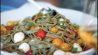 Fresh Heirloom Tomato and Basil Fettuccine